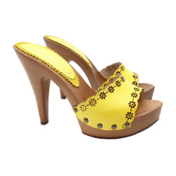 SEXY CLOGS WITH YELLOW LASERATED FLOWERS AND HIGH HEEL