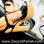 Tacchi alti in sughero 🤩 cercali su www.zoccolifetish.it 🔝🤎 Per info o acquisti contattaci in DM 💌 o al numero Whatsapp 3332624851 📲 Le spedizioni potrebbero subire dei ritardi 🚛 Per altri modelli della nostra linea vai al link in bio 👆 *for info or purchase contact us in DM  Or on Whatsapp number 3332624851 Shipments may be delayed  For other models look at the link in bio  . . . #zoccolifetish #fetishclogs #latexclogs #zoccoletti #sandalswithheels #sandals #sandali #sandálias #sabot #mule #heelclogs #heels #highheels #scarpeonline #scarpe #scarpecontacco #clogs #clog #clogsandals #heelclogs #heel #heellover #shoesonline #instashop #shoppingonline #instashopping #zoccolidilegno #clogshoes #highheelclogs #schuhe #holzschuhe